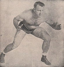 Description de l'image Bronko Nagurski - Sports Facts - 25 April 1950 Minneapolis Auditorium Wrestling Program - Nagurski, Raines (cropped).jpg.