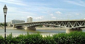 Petőfi Bridge - Petőfi Bridge, seen from the Csepel HÉV terminus
