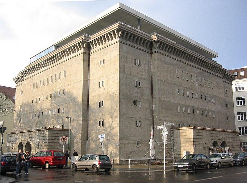 http://upload.wikimedia.org/wikipedia/commons/thumb/b/bb/Bunker_Berlin.jpg/800px-Bunker_Berlin.jpg