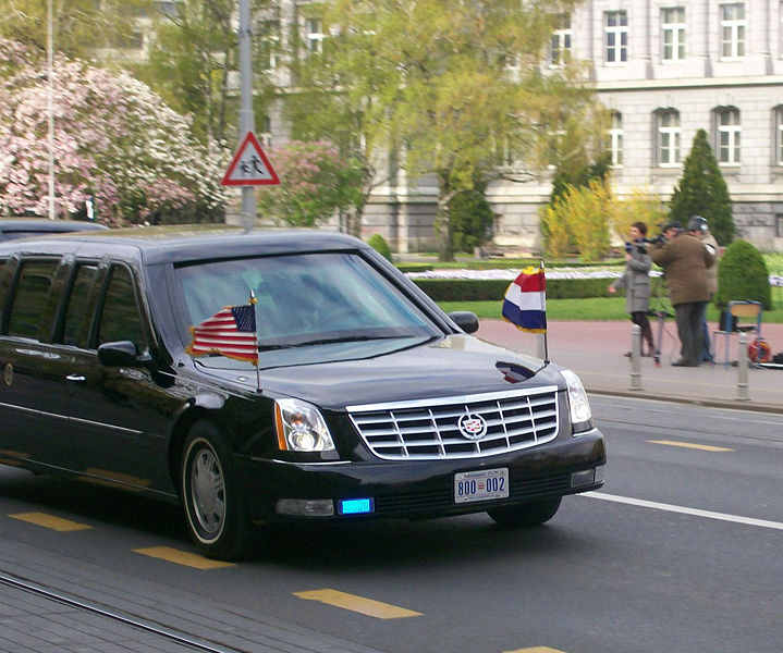 Sports Cars Fans: President Obama Takes Inaugural Ride In