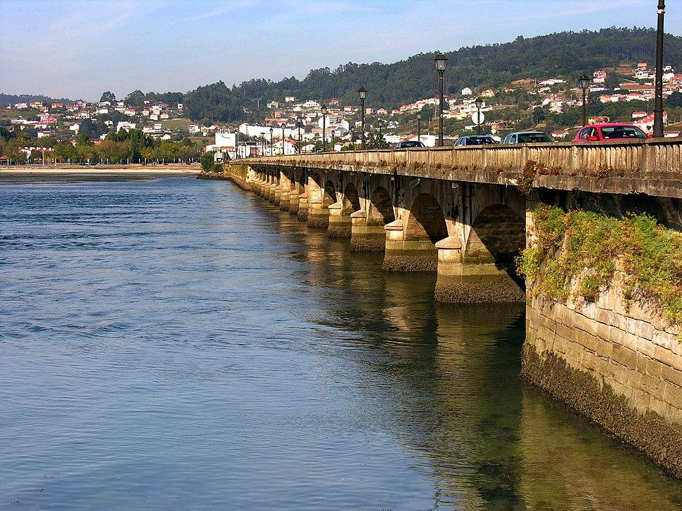 Cabanas.Ponte sobre o Eume.Galiza