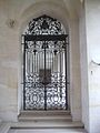Caen abbayeauxhommes escalierhonneur grille.JPG