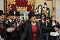 Carmena recibe a la Alegre Cofradía del Entierro de la Sardina (06).jpg