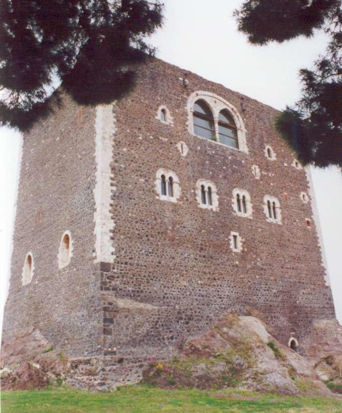 Castello normanno paterno