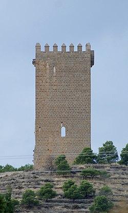Castillo de Santacara - Vista frontal.jpg