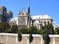 Catedral de Notre-Dame de Paris desde el Sena.jpg