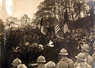 Suresnes American Cemetery and Memorial - Image: Ceremony at American Hospital Cemetery, Suresnes, Seine, France, November 1, 1918 (30570572323)