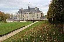 Château d'Esquay-sur-Seulles façade ouest.jpg