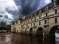 Château de Chenonceau guetté par l'orage.jpg