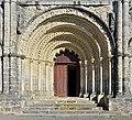 Chalais-16 Église St-Martial Portail 2014.jpg