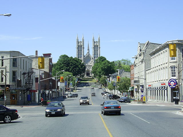 Guelph on real estate homes for sale in guelph ontario for New homes in ontario canada