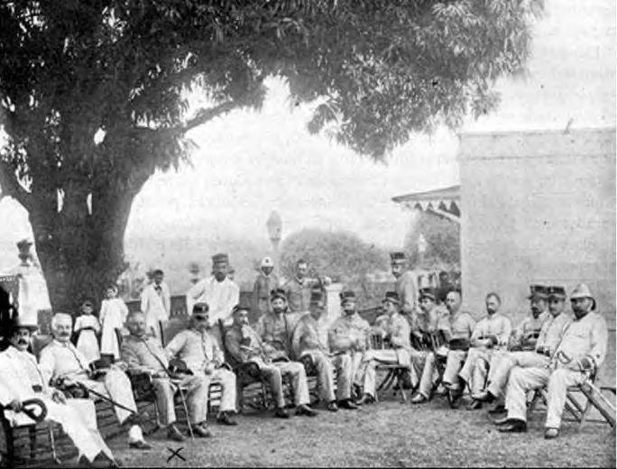 Col. Julio Soto Villanueva and staff (1898)