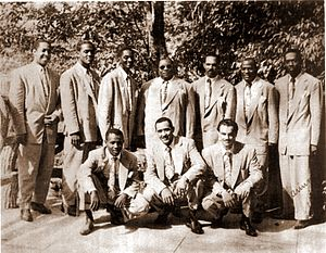 Arsenio Rodríguez - Arsenio Rodríguez (center, standing) and his conjunto in the 1940s.