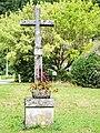 Croix de chemin à la sortie nord-est de Guillon-les-Bains.jpg