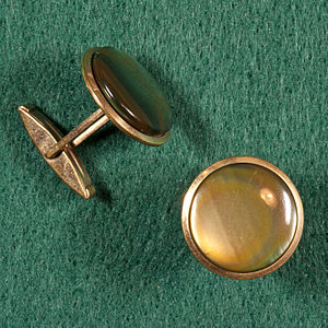 Cufflink - Swivel bar type