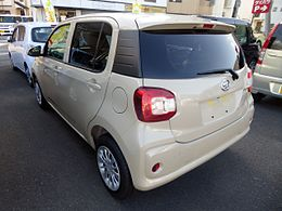 "Daihatsu Boon X""L Package SA II"" (DBA-M700S) rear.JPG"