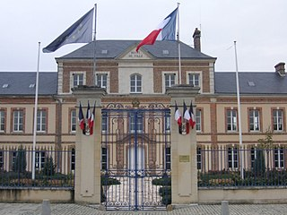 Mesnils-sur-Iton Commune in Normandy, France