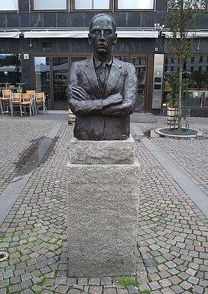 Järntorget (Göteborg) - Statue of Dan Andersson in the south east corner of Järntorget