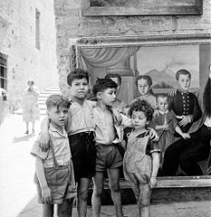 David Seymour - Children posing for a photo.jpg