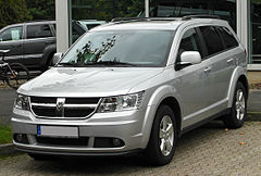Dodge Journey przed liftingiem