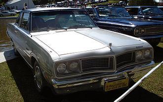 Dodge Magnum - Dodge Magnum, showing different front clip