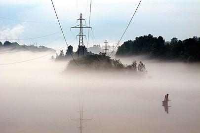 Domnarvet kraftledning dimma.jpg