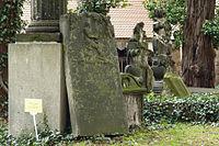Dresden-Eliasfriedhof-Naumann.jpg