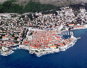 English: Dubrovnik from the aeroplane.