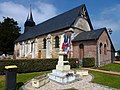 Duranville (Eure, Fr) église et monument aux morts.JPG