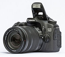 Canon EOS 70D with mounted EF-S 18-135 mm f/3.5-5.6 IS STM