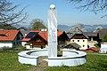 Ebenthal Radsberg Denkmal zur Zwangsumsiedelung slowenischstämmiger Kärntner 17042007 7185.jpg