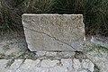 Embalse de Gorg Blau, lápida.jpg