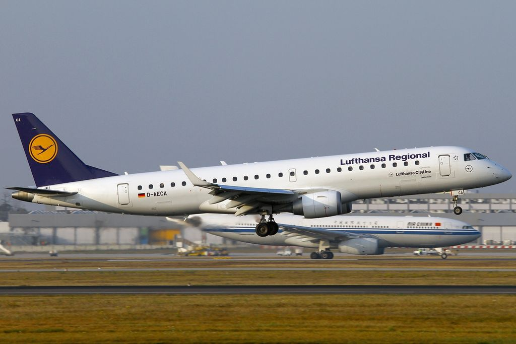 File:Embraer ERJ-190-100LR 190LR, Lufthansa Regional (Lufthansa