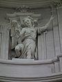Engelstatue von Artari in der Kuppel des Doms zu Fulda.JPG