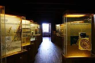 Erie Canal Museum - Image: Erie Canal Museum barge display