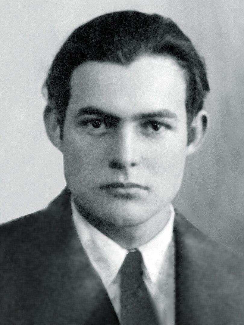 Ernest Hemingway 1923 passport photo