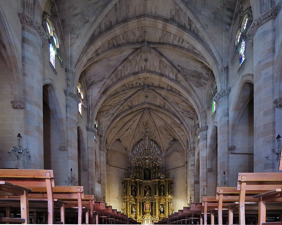Esporles, Iglesia de Sant Pere, interior, nave principal
