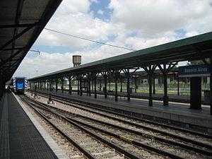 Buenos Aires Belgrano Sur Line railway station - Platforms.