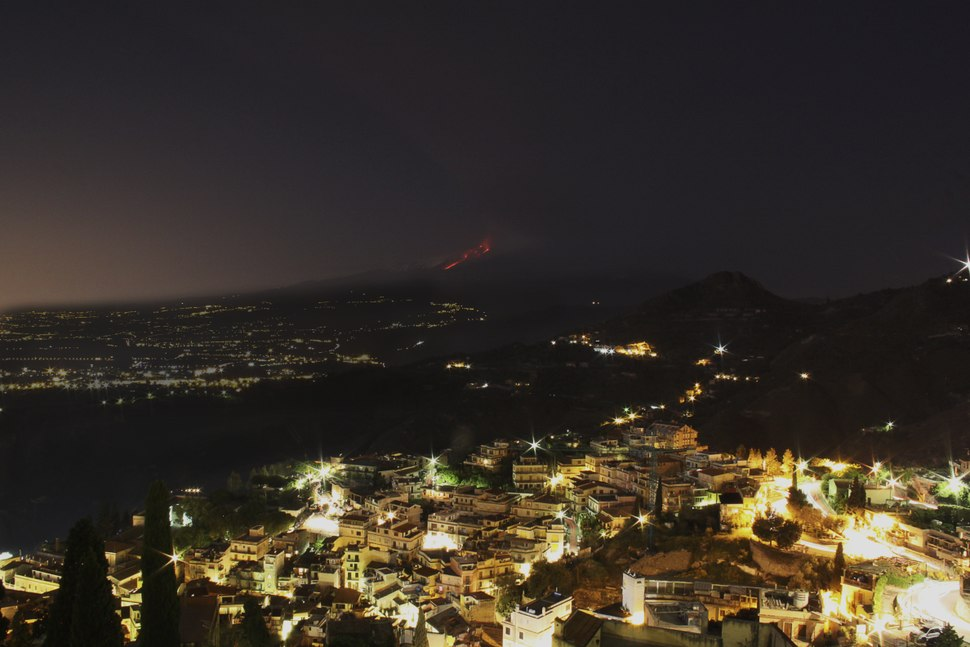 Etna from Taormina.tiff