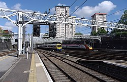 Euston station MMB A3 378206 390042.jpg