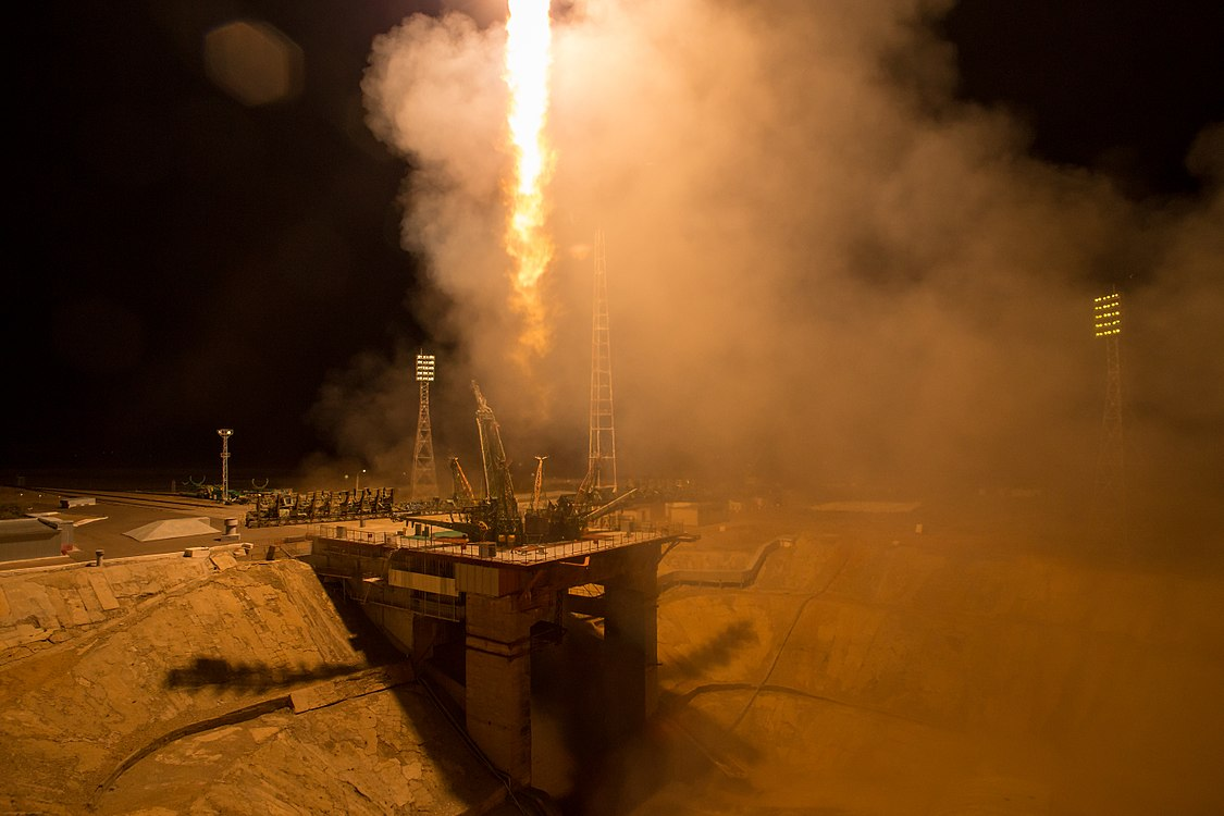 Expedition 53 Soyuz Launch (NHQ201709130010).jpg