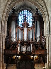 F0990 Angers Cathedrale St-Maurice orgue rwk.jpg