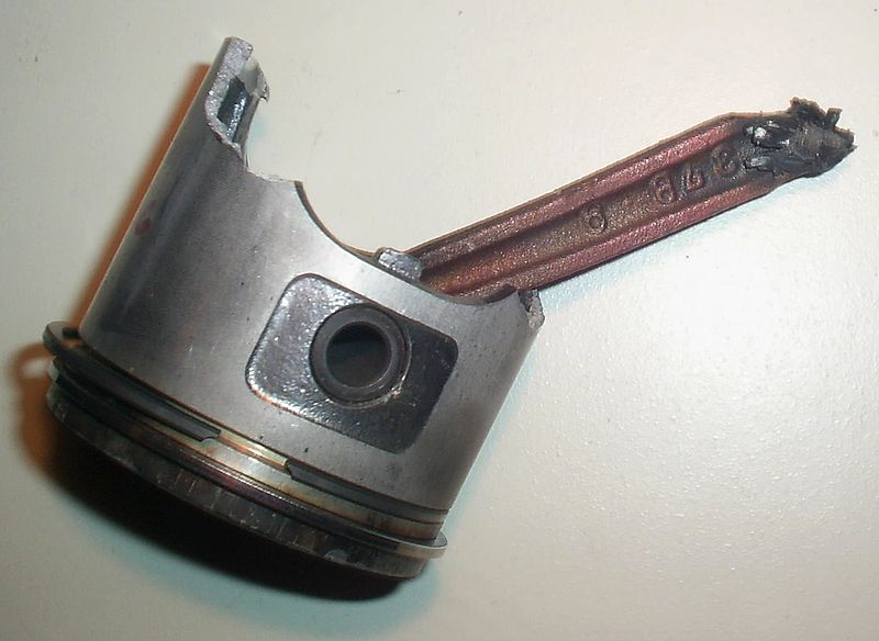 File:Failed piston and connecting rod.jpg