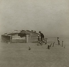 http://upload.wikimedia.org/wikipedia/commons/thumb/b/bb/Farmer_walking_in_dust_storm_Cimarron_County_Oklahoma2.jpg/240px-Farmer_walking_in_dust_storm_Cimarron_County_Oklahoma2.jpg
