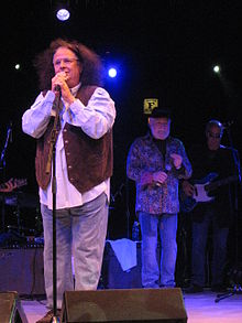 "Mark Volman (""Flo"") (left) and Howard Kaylan (""Eddie"") (right) in a 2008 tour"