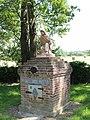 Fontaine de Saint Algis 13.jpg