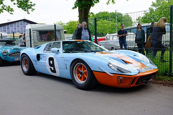 Replica of a Ford GT40 with #9 from Rodriguez and Bianchi winners of the 1968 24 Hours of Le Mans. Ford GT40 (39430889701).jpg