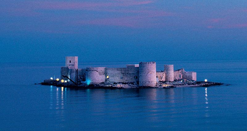 File:Fortressarmenians5.jpg