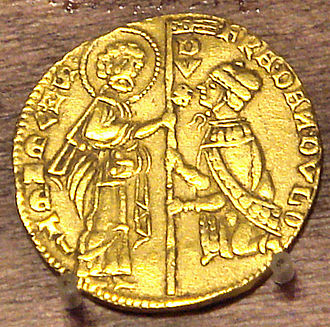 Francesco Dandolo - Gold coin of Francesco Dandolo: the Doge kneeling in front of Saint Marc.