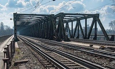 Frankfurt Main-Neckar-Brücke.20130407.jpg